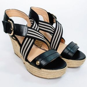 3/$25💛 Tommy Hilfiger Cross Strap Wedge Shoes - 7